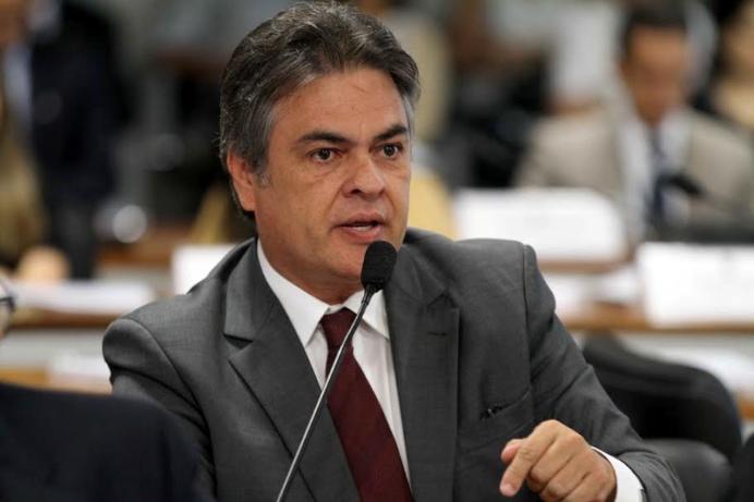 Cunha Lima diz que acatará recomendação do MPF, exonerando o chefe de gabinete, que é seu primo em quarto grau Arquivo/Agência Brasil