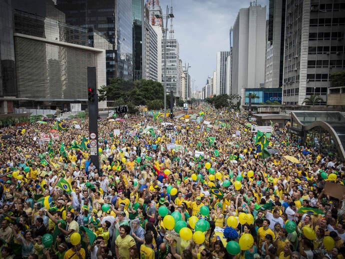 Protesto contra o governo Dilma, em 15 de março de 2015, reuniu mais de 1 milhão de pessoas na Avenida Paulista(Bruno Santos/VEJA.com)