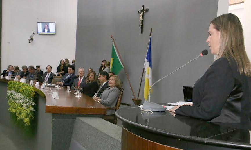 Vice-governadora participa de cerimônia de entrega de título de cidadão tocantinense ao ministro Ricardo Lewandowski