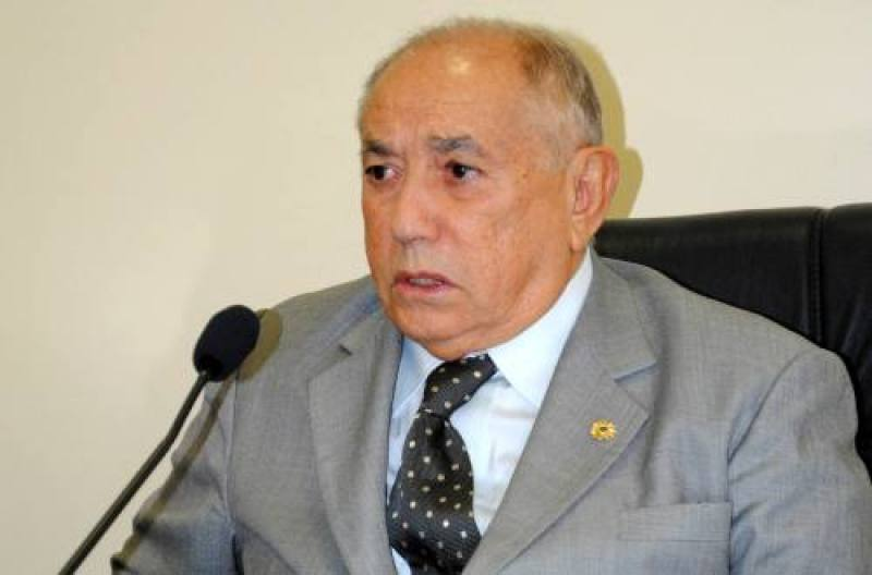 d376389b2710e Ex-governador Siqueira Campos volta a ser internado na UTI - JM NOTÍCIA
