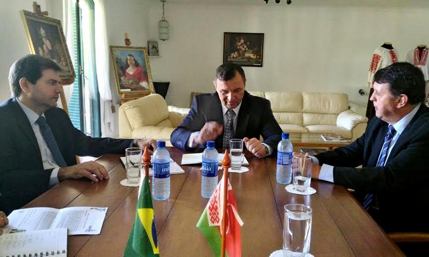 O acordo foi firmado nesta sexta-feira, 1º de abril, durante uma reunião na Embaixada da Eslováquia, em Brasília (DF)