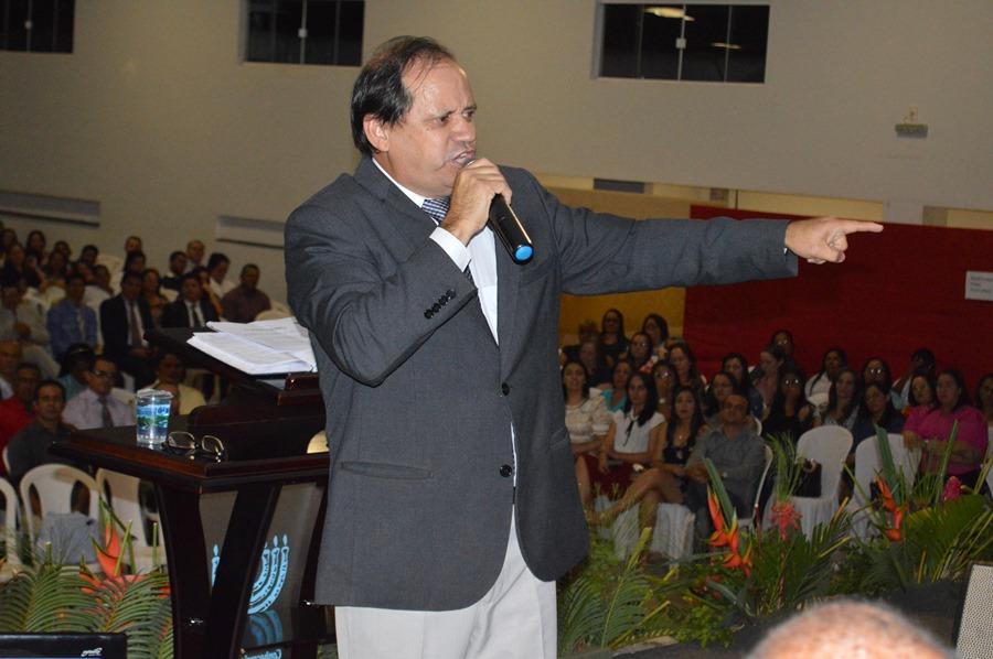 Eli Borges ministra palestras este final de semana em várias igrejas