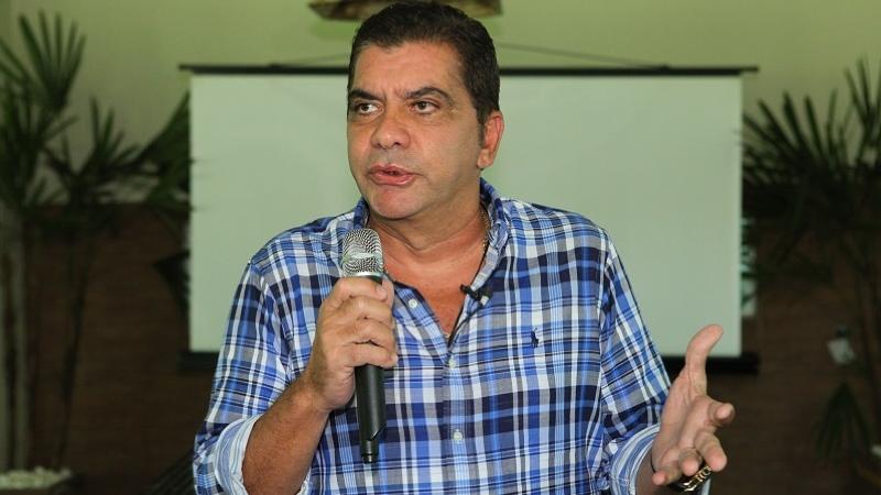 Prefeito de Palmas Carlos Amastha