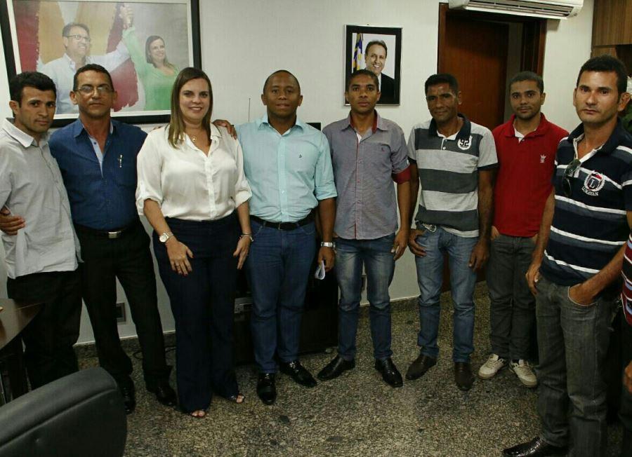 No Palácio Araguaia, Cleiton PM recebe apoio de partidos