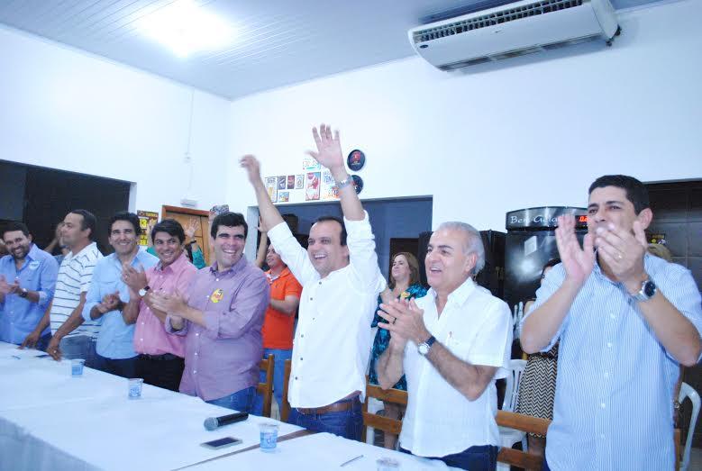 Em Porto, Ricardo Ayres e Paulo Mourão anunciam apoio a Joaquim Maia