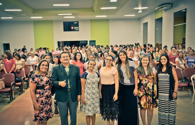Pastor João Campos recebeu o apoio do depto de mulheres do campo