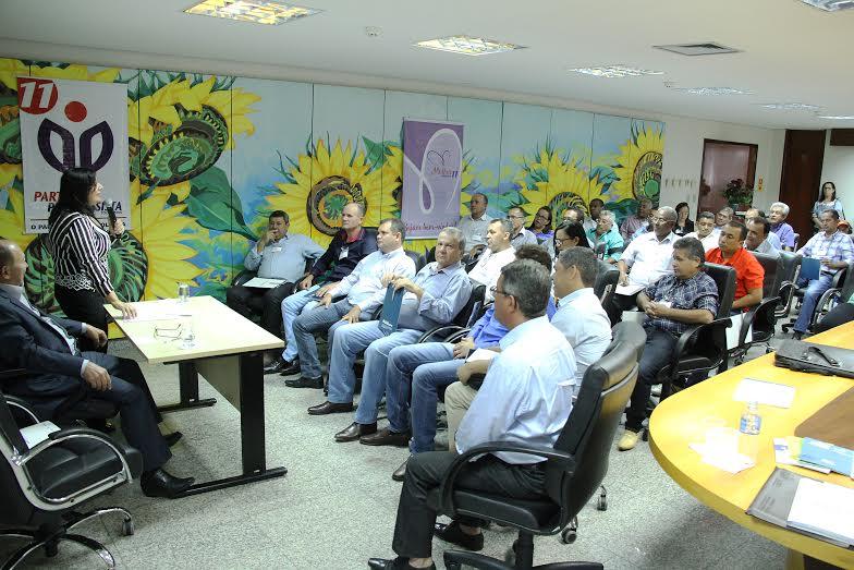 Em sua fala, Lázaro pediu o apoio do governador aos pré-candidatos do PP