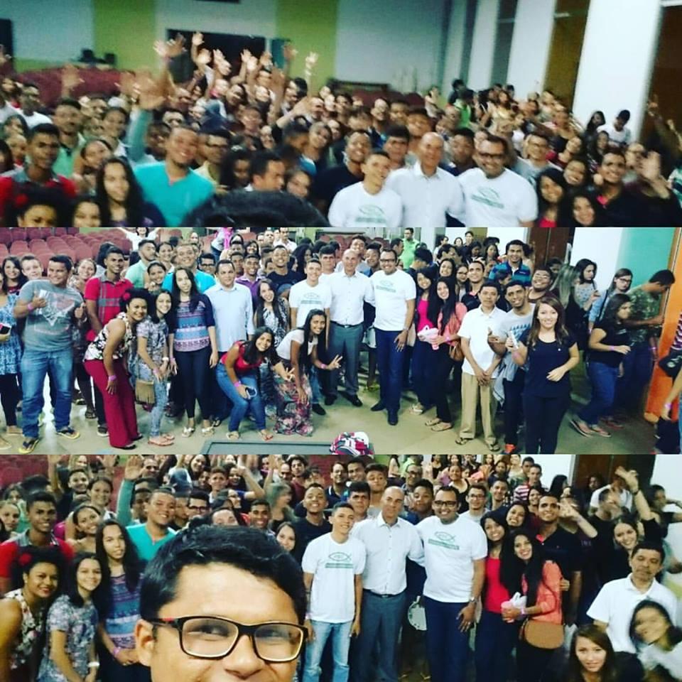 Do Tocantins, cerca de 300 jovens embarcaram na noite desta quinta-feira, rumo ao evento.