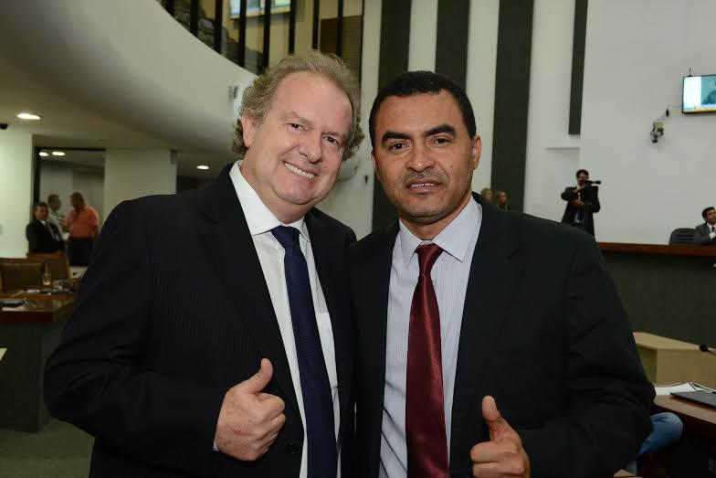 om apoio de Wanderlei Barbosa, Mauro Carlesse é eleito presidente da Assembleia Legislativa