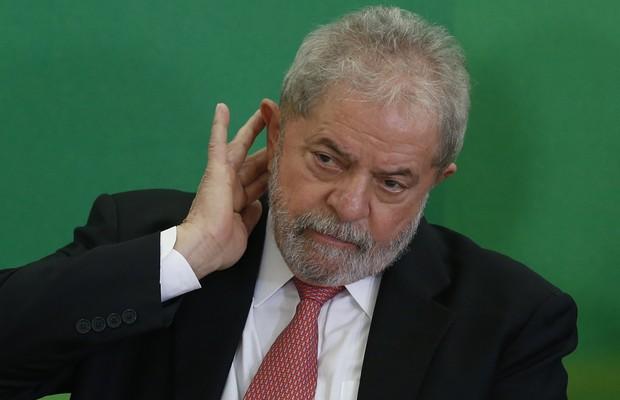 MPF insiste que recibos apresentados por Lula são falsos e dispensa perícia