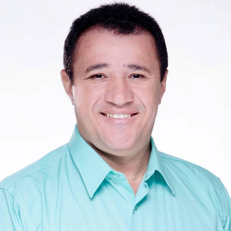 Em Guaraí, Pastor Cival Cruz registra candidatura a vereador