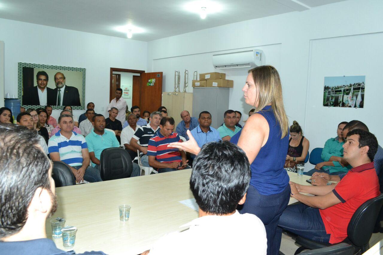Cláudia Lelis com os candidatos a vereadores pelo PROS, REDE e PRB