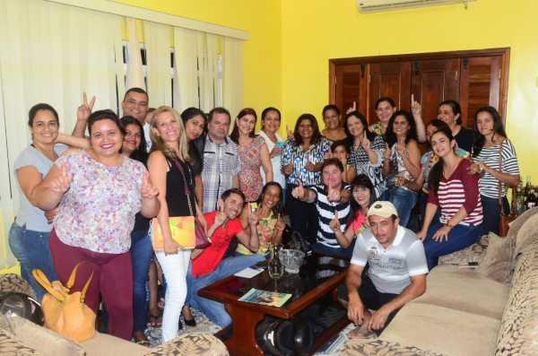 Em Araguaína, Valderez promete Planos de Carreiras dignos e retorno das creches em tempo integral