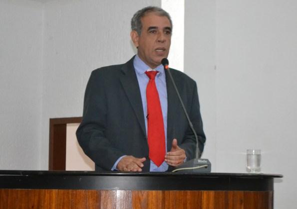 Zé Roberto defende acordo para pagamento da data-base a servidores do Estado