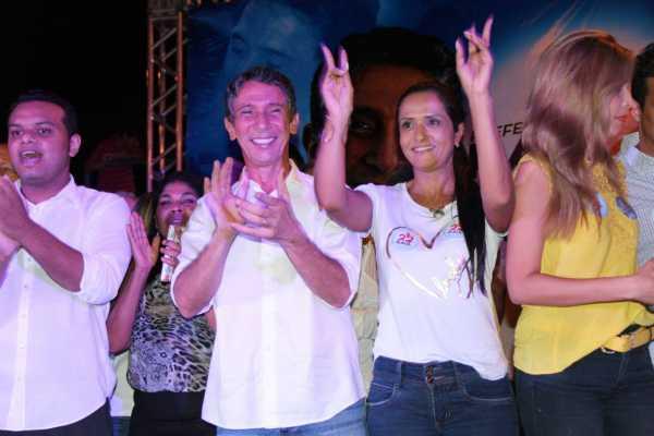 Raul explicou que foi com ousadia que conseguiu deixar como legado 8 mil unidades habitacionais, e disse que pretende erradicar o déficit habitacional em Palmas