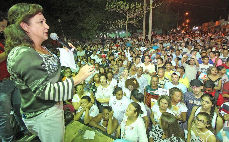 Nas arnos, Kátia Abreu dispara duras criticas contra administração da Capital e fala em falta de transparência