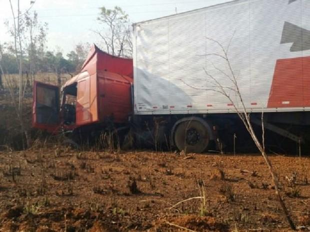 cidente ocorreu na rodovia entre Palmas e Paraíso do Tocantins (Foto: Surgiu/Divulgação)