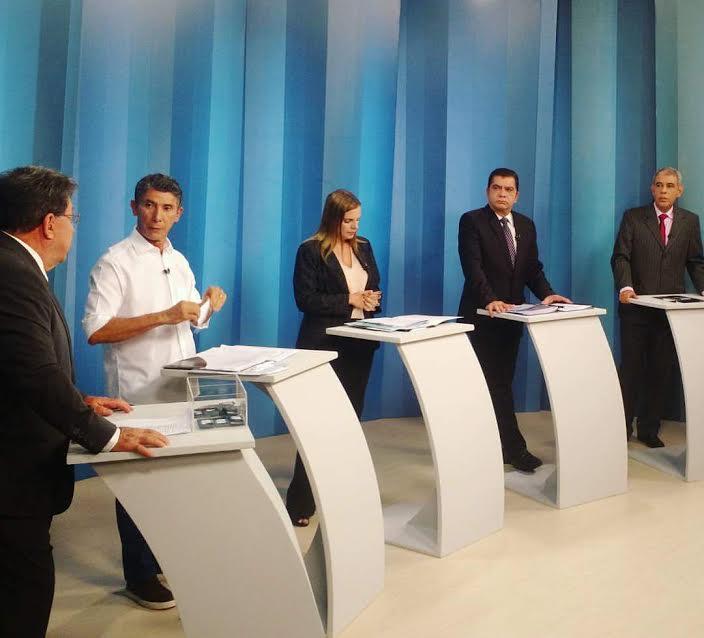 Em debate, Cláudia Lélis afirma que população entendeu recado e vai votar por uma Palmas mais humana