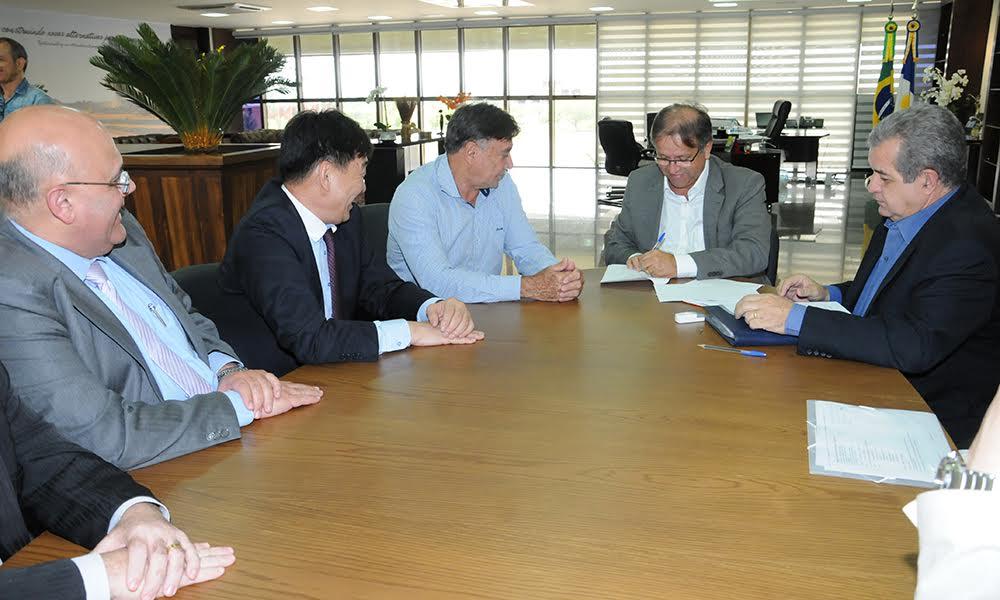 A assinatura do documento visa promover a troca de informações e intercâmbio entre o Brasil e a China