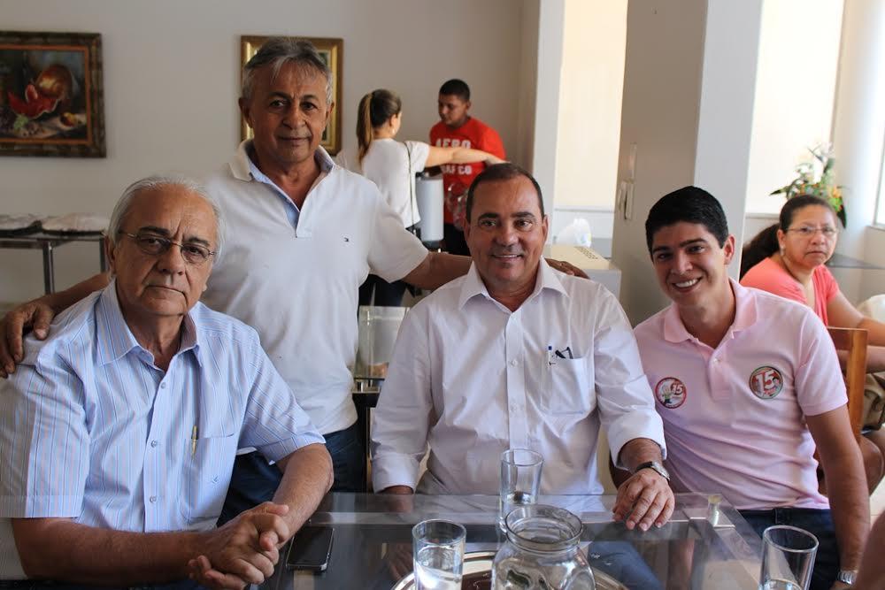 O parlamentar também se colocou à disposição para participar de caminhadas, reuniões e Comícios em apoio a Moisés Avelino e Celso Morais.