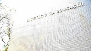 Estudo prevê perda de R$ 24 bi anuais para educação com PEC 241; MEC contesta