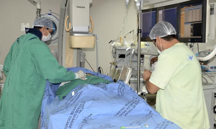 A urgência na contratação se deve ao fracasso das demais tentativas de complementar as escalas e evitar desassistência aos pacientes.