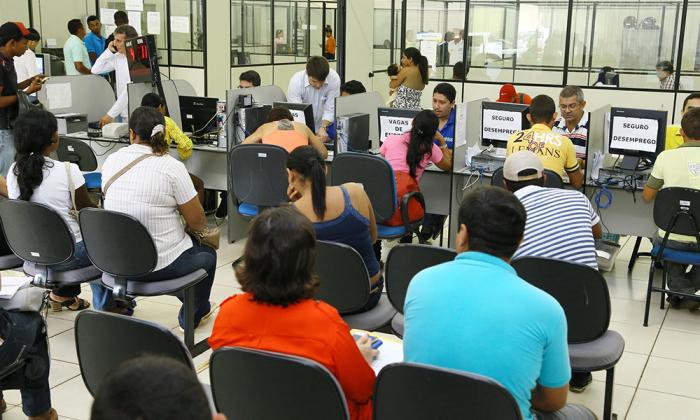 A adequação se dá pela redução da carga horária no serviço público executivo, decretada pelo governador Marcelo Miranda, na última quinta-feira, 10.