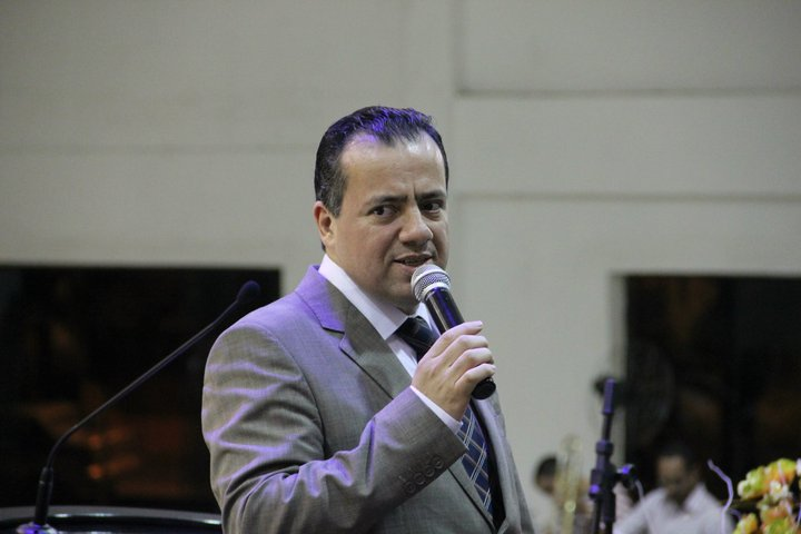 Pastor Jesiel Padilha confirma ao JM Notícia candidatura à CGADB