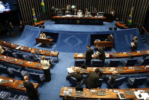 A PEC da Reforma Política foi aprovada por 69 votos a favor e 9 contraFabio Rodrigues Pozzebom/Agência Brasil