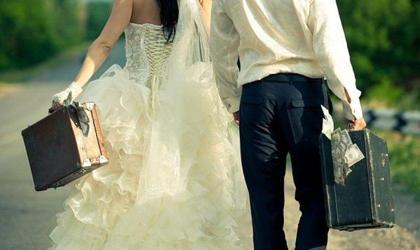 O dinheiro é um fator importante para o casamento, mas não é tudo. (Foto: Reprodução)