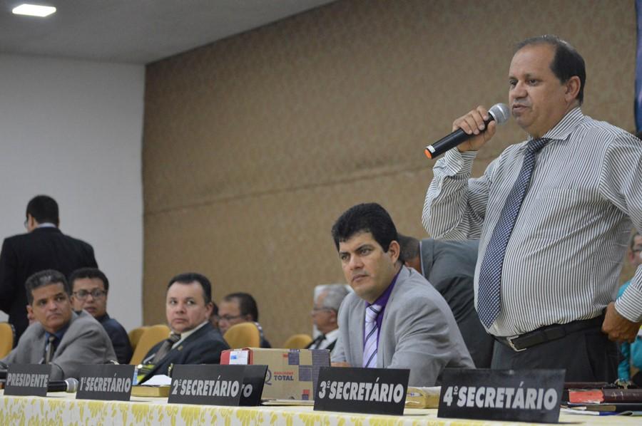 Na ocasião, o pastor e deputado Eli Borges fez a ministração da palavra de Deus - Foto: Ricardo Costa