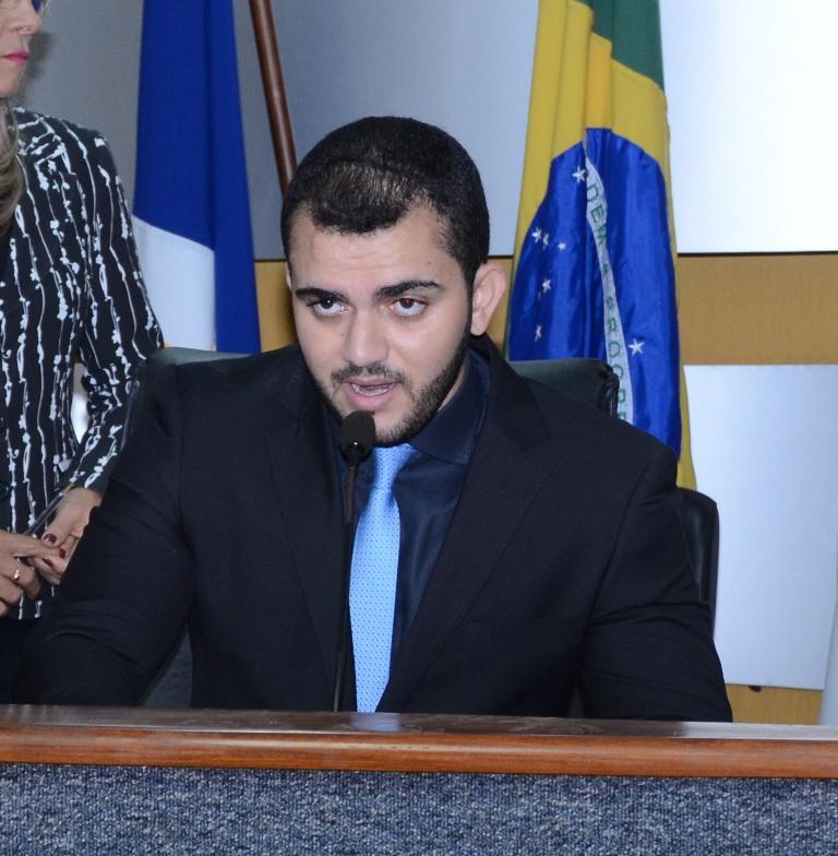 IPTU: Em Nota, vice-presidente da Câmara, Léo Barbosa classifica decreto da Prefeitura de abusivo e imoral