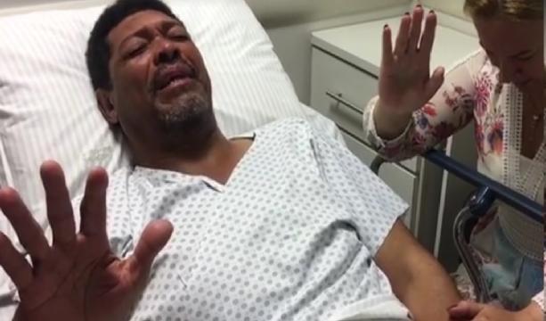 Pastor Valdemiro Santiago é esfaqueado durante culto; vídeo