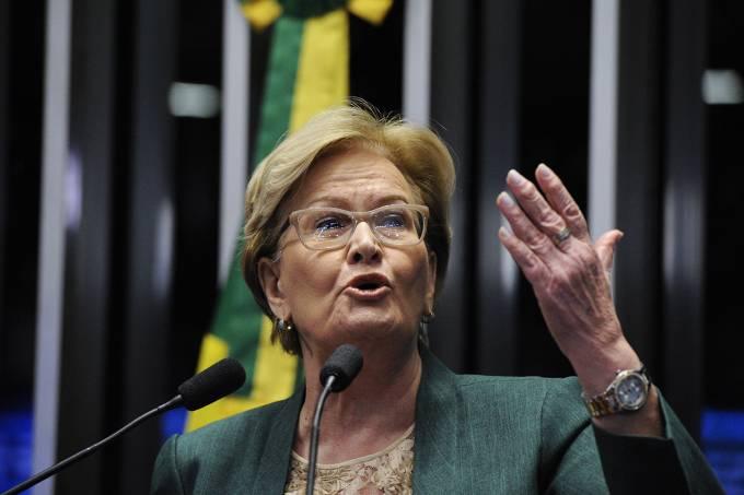 CCJ aprova PEC que altera escolha de ministros do Supremo — Senado