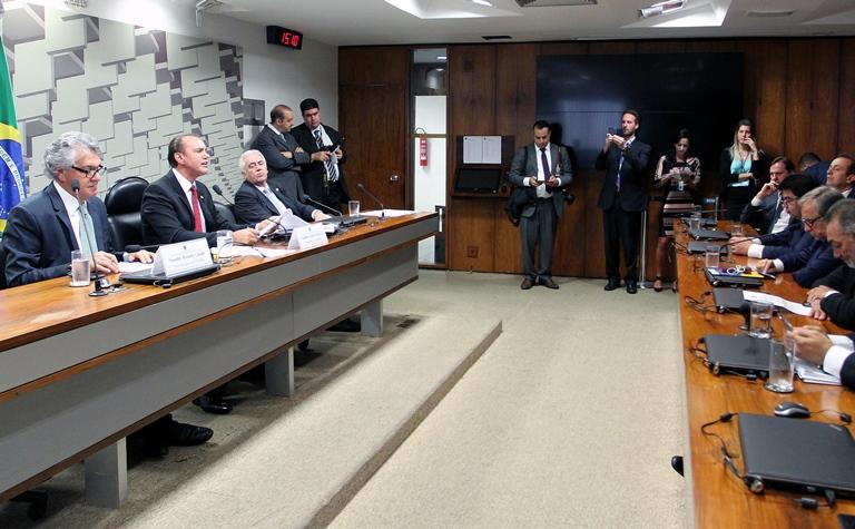 Senado desengaveta CPMI da JBS mirando Rodrigo Janot